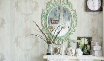 4 Mirror Styles That Will Brighten Up Your Bedroom