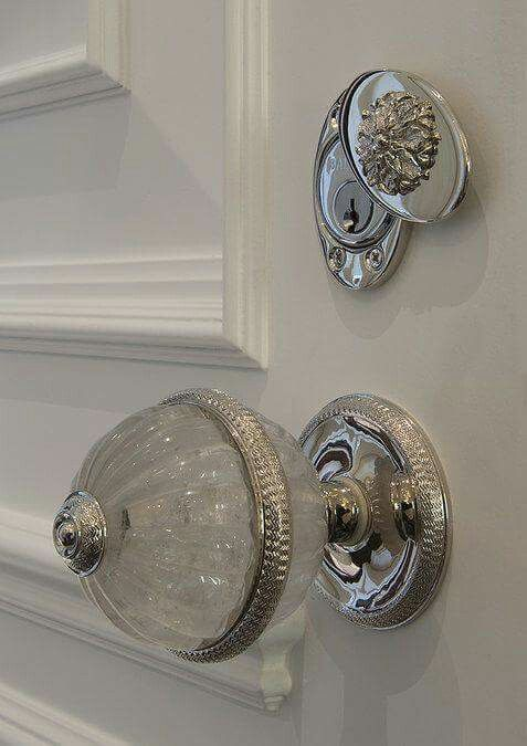 5 Amazing Locks To Maintain Your Bedrooms Privacy Best