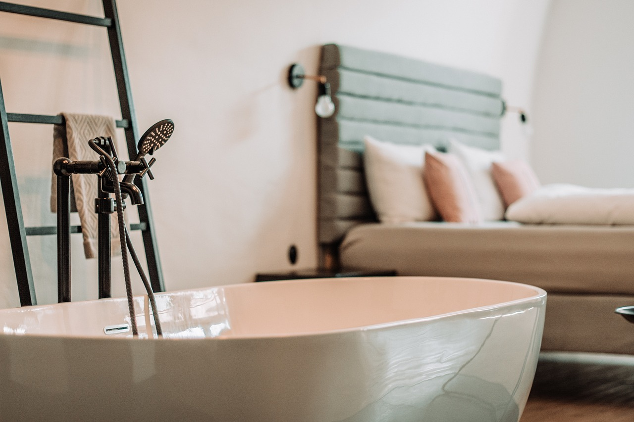 Tub and bed