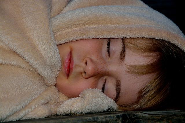 sleep-child-girl-blanket-sleeping